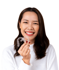 Woman-holding-SDalign-aligners