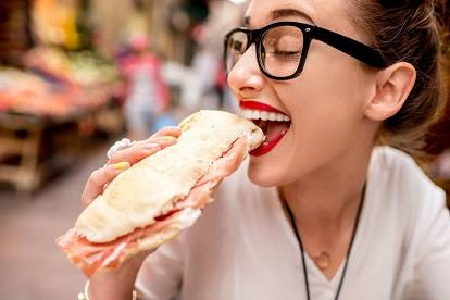 eating with clear Braces