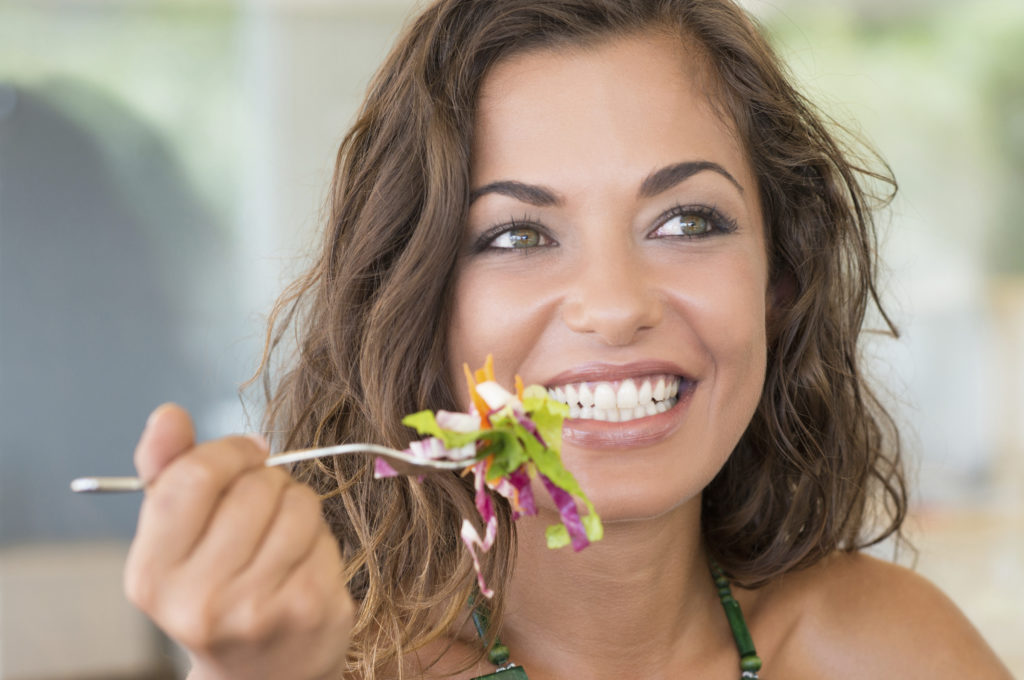 Clear Aligner Tips for Eating and Drinking